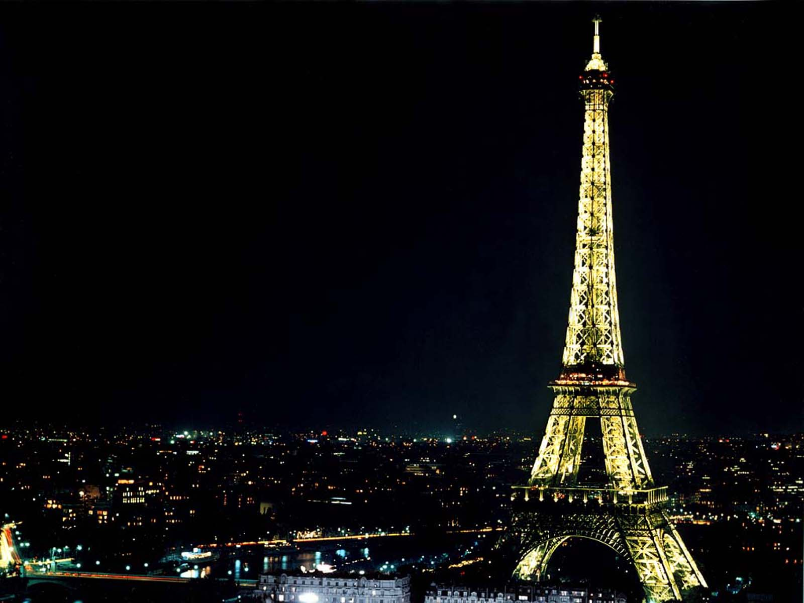 eiffel-tower-wallpapers-2