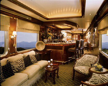 south-africa-blue-train-lounge-car
